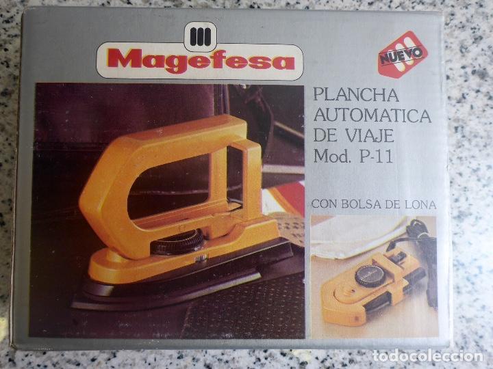 Antigüedades: Plancha viaje plegable Magefesa P11. Caja, funda y accesorios. Bitension. Años 70. Impecable. - Foto 2 - 137111126