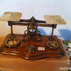 Antigüedades: OFERTON PRECIOSA BALANZA POSTAL VICTORIANA AÑO 1885 EN BRONCE Y DE 19X12CM (BP 12B). Lote 137142402