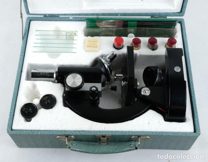 Antigüedades: Microscopio Favila con accesorios en su estuche años 80 - Foto 10 - 137143206