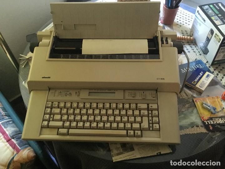 Antigüedades: Maquina de Escribir Olivetti ct 606 perfecto estado como nueva (electrica) - Foto 2 - 137146358