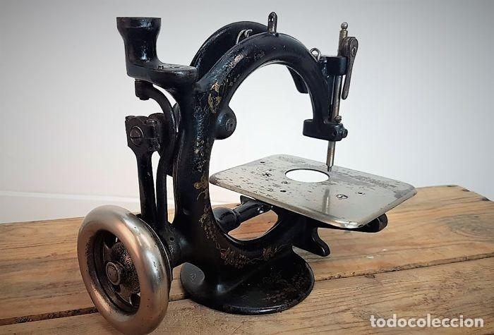 Antiquitäten: Máquina de coser - Willcox & Gibbs, U.S.A, ca.1880 - Hierro (fundido/forjado) - Foto 14 - 116583651