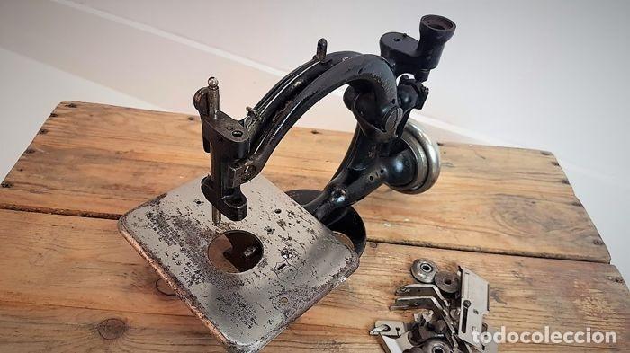Antiquitäten: Máquina de coser - Willcox & Gibbs, U.S.A, ca.1880 - Hierro (fundido/forjado) - Foto 17 - 116583651