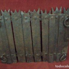 Antigüedades: PLACA DE CHIMENEA GOTICA O TRASFUEGO . Lote 137378718