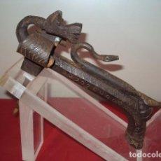Antiquitäten - LLAMADOR ESTILO GOTICO DRAGON Y BICHAS SERPIENTES - 137382786