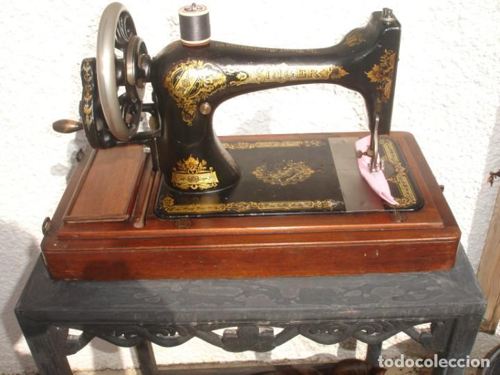 Antigüedades: PRECIOSA Y ANTIGUA MAQUINA DE COSER, SINGER, MODELO 28K, AÑO MARZO 1903, - Foto 2 - 137523870