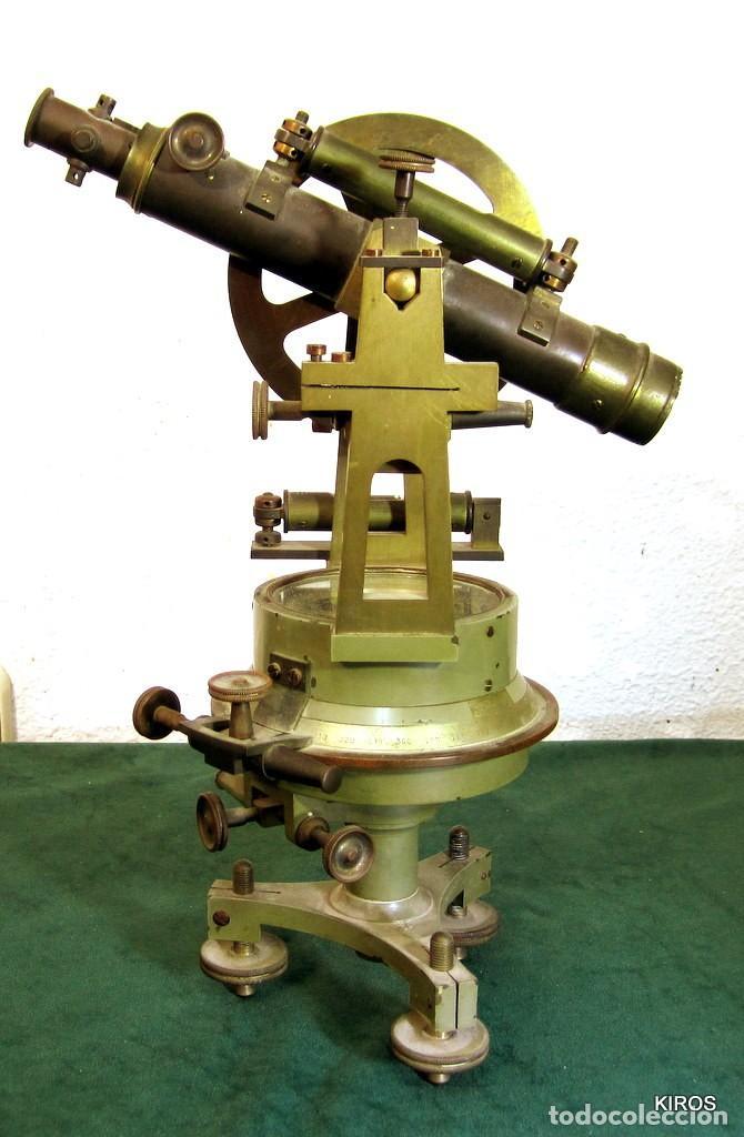 TEODOLITO ANTIGUO ESPAÑOL (Antigüedades - Técnicas - Otros Instrumentos Ópticos Antiguos)