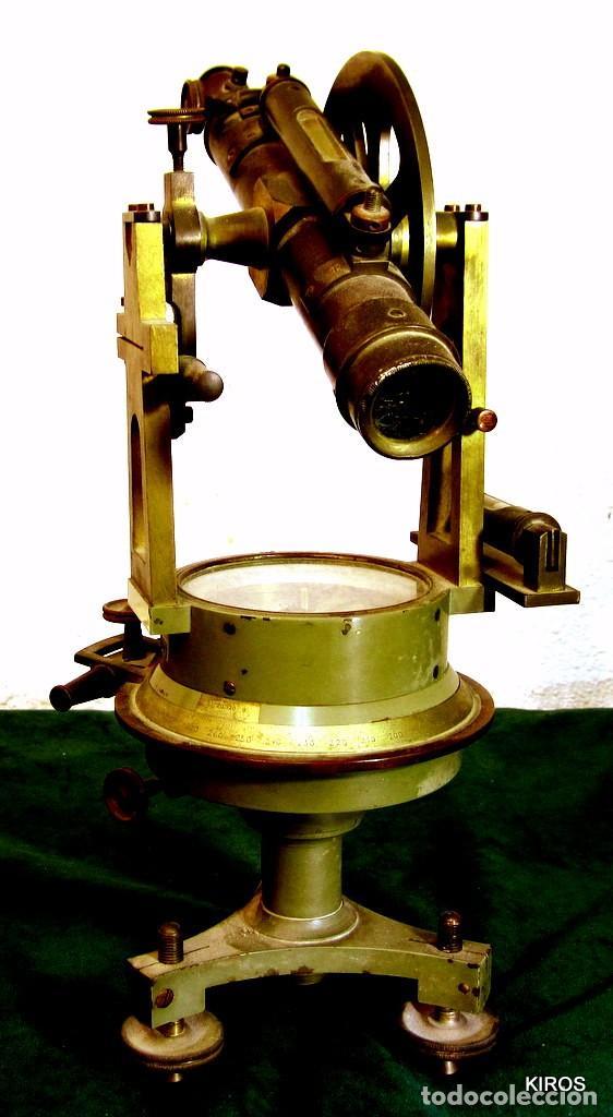 Antigüedades: TEODOLITO ANTIGUO ESPAÑOL - Foto 3 - 137552622