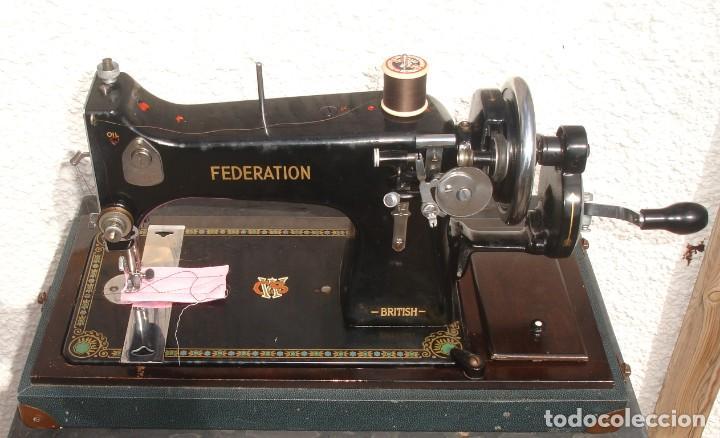 ANTIGUO Y HERMOSO MAQUINA DE COSER, MARCA CWS, FEDERATION, FUNCIONA Y COSE, AÑO C.1920S (Antigüedades - Técnicas - Máquinas de Coser Antiguas - Otras)