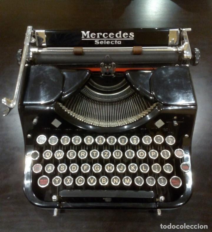 ANTIGUA MÁQUINA DE ESCRIBIR MERCEDES SELECTA -CON CAJA MALETA ORIGINAL- (Antigüedades - Técnicas - Máquinas de Escribir Antiguas - Mercedes)