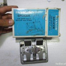 Antigüedades: PANAGOR SPLICER FOR SUPER 8 MM & REGULAR 8 MM Y 16 MM / PANAGOR ENCOLADORA CON MANUAL. Lote 137859062