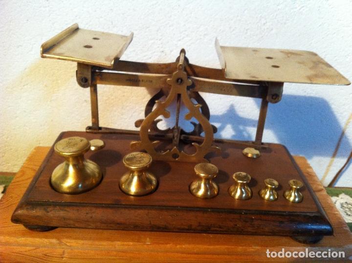 Antigüedades: RARA BALANZA VICTORIANA CON SUS 6 SINGULARES PESAS CON 20x11cm (BP34) - Foto 2 - 138071350