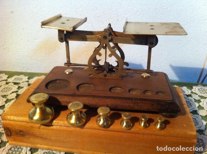 Antigüedades: RARA BALANZA VICTORIANA CON SUS 6 SINGULARES PESAS CON 20x11cm (BP34) - Foto 3 - 138071350