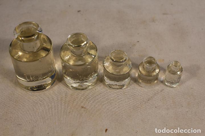 Antigüedades: juego de ponderales -5 pesas en cristal - Foto 3 - 138083566