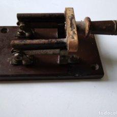 Antigüedades: INTERRUPTOR O SECCIONADOR. Lote 138684734