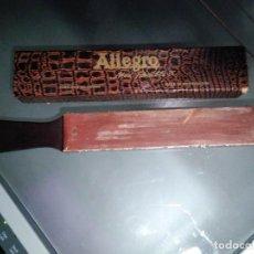 Antigüedades: ASENTADOR AFILADOR PARA NAVAJA AFEITAR, ALLEGRO FLEXIBLE 35, FABRICADO EN SUIZA. Lote 138715378