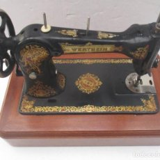 Antigüedades: ANTIGUA MAQUINA DE COSER WERTHEIM RAPIDA. Lote 138741014