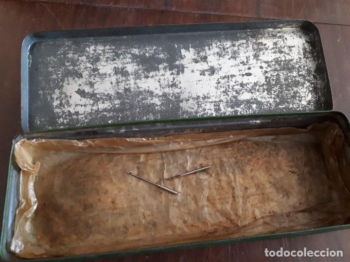 Antigüedades: Caja Metálica Sigma Máquinas de Coser y de Bordar. El Goibar - Foto 3 - 138794126
