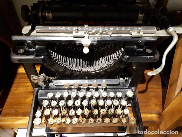 Antigüedades: Antigua Máquina de Escribir Remington. - Foto 3 - 138799110