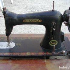 Antigüedades: CABEZAL DE MÁQUINA DE COSER SINGER HEXAGON. Lote 161848056
