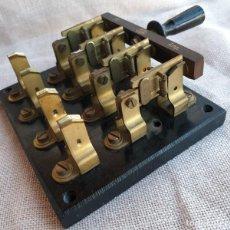 Antigüedades: ANTIGUO INTERRUPTOR DE PALANCA DE 30 AMP. . Lote 139006614