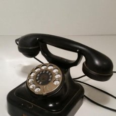 Teléfonos: TELEFONO ANTIGUO DE BAKELITA. Lote 139069870