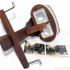 Antigüedades: SIGLO XIX. VISOR ESTEREOSCOPICO..ESTEREOSCOPIO, MONARCH, NOGAL+ FOTO.MUY BUEN ESTADO.FUNCIONA. Lote 139080926