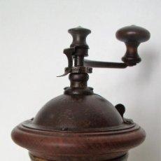 Antigüedades: MOLINILLO DE CAFÉ CILÍNDRICO. MARCA PEUGEOT. MODELO G-1. FRANCIA. CA. 1876/1936. Lote 195159878
