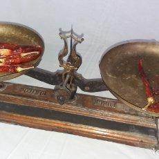 Antigüedades: BASCULA MODERNISTA DE DOS PLATOS. BALANZAS. Lote 139255378
