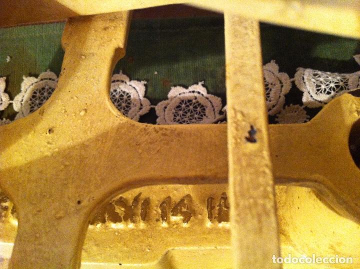 Antigüedades: HERMOSA BALANZA INGLESA FUERZA 14 LB(7 KG) CON SUS PESAS (BI 13+PW07) - Foto 6 - 139455794
