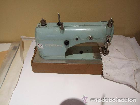 Antigüedades: MAQUINA DE COSER PORTATIL COLIBRI 1960 - Foto 3 - 139517682