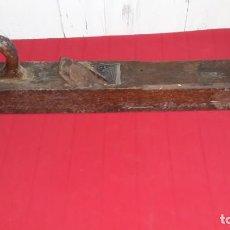 Antigüedades: ANTIGUO CEPILLO DE CARPINTERO. Lote 139540242