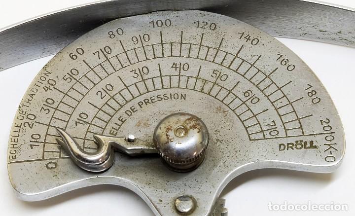 1930C - MARCA DRÖLL - INSTRUMENTO MÉDICO PARA MEDIR LA TRACCIÓN Y PRESIÓN MUSCULAR (Antigüedades - Técnicas - Herramientas Profesionales - Medicina)