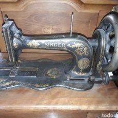 Antigüedades: ANTIGUA MAQUINA DE COSER SINGER. Lote 139636209