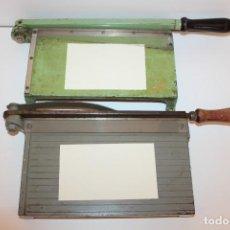 Antigüedades: ANTIGUAS GUILLOTINAS LISA Y DENTADA - AÑOS 50. Lote 139711798