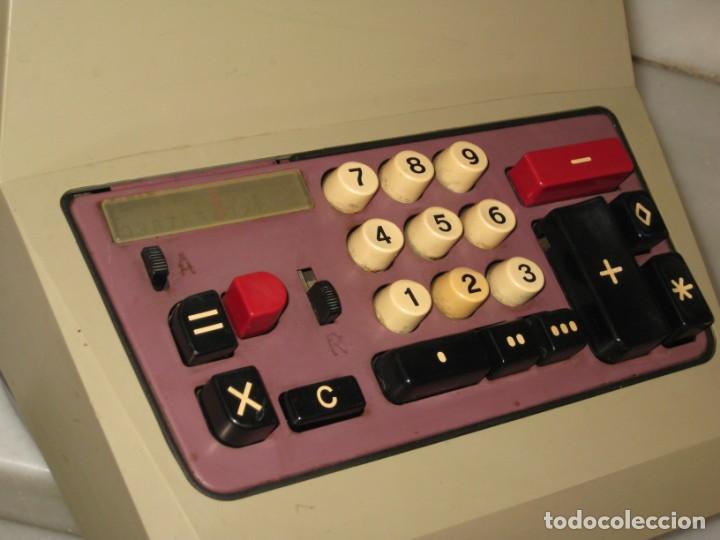 Antigüedades: Calculadora antigua Olivetti. No probada. - Foto 3 - 139752798