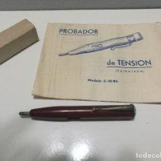 Antigüedades: COMPROBADOR DE TENSION - CON INSTRUCCIONES - NO ESTA PROBADO - VENTA COMO ANTIGUEDAD - TESTER. Lote 139817310