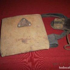 Antigüedades: ANTIGUA BOLSA DE ENCOFRAR BUEN CUERO BUENA MARCA. Lote 139835570