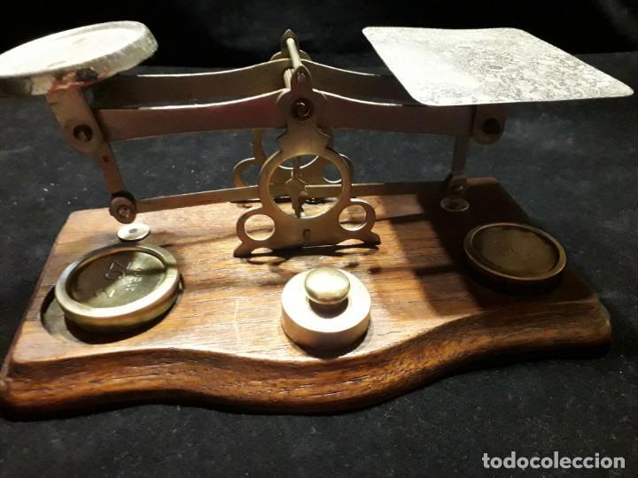 Antigüedades: Antigua balanza con pesas - Foto 2 - 139927402