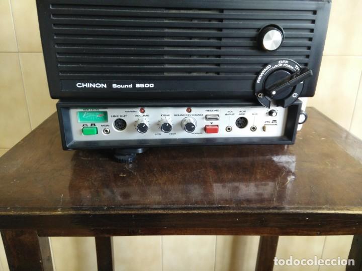 Antigüedades: Antiguo proyector super 8 CHINON SOUND 8500 Decoracion retro vintage - Foto 2 - 139974126