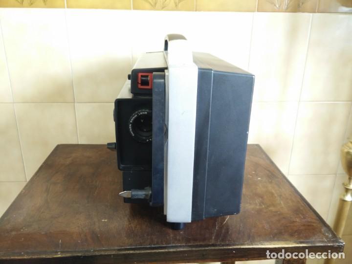 Antigüedades: Antiguo proyector super 8 CHINON SOUND 8500 Decoracion retro vintage - Foto 5 - 139974126