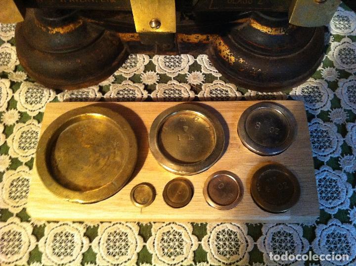Antigüedades: GRAN BALANZA AVERY DE HIERRO FUNDICION Y PLATO PORCELANA CON JUEGO DE 7 PESAS (BI13+PW07) - Foto 7 - 139993534
