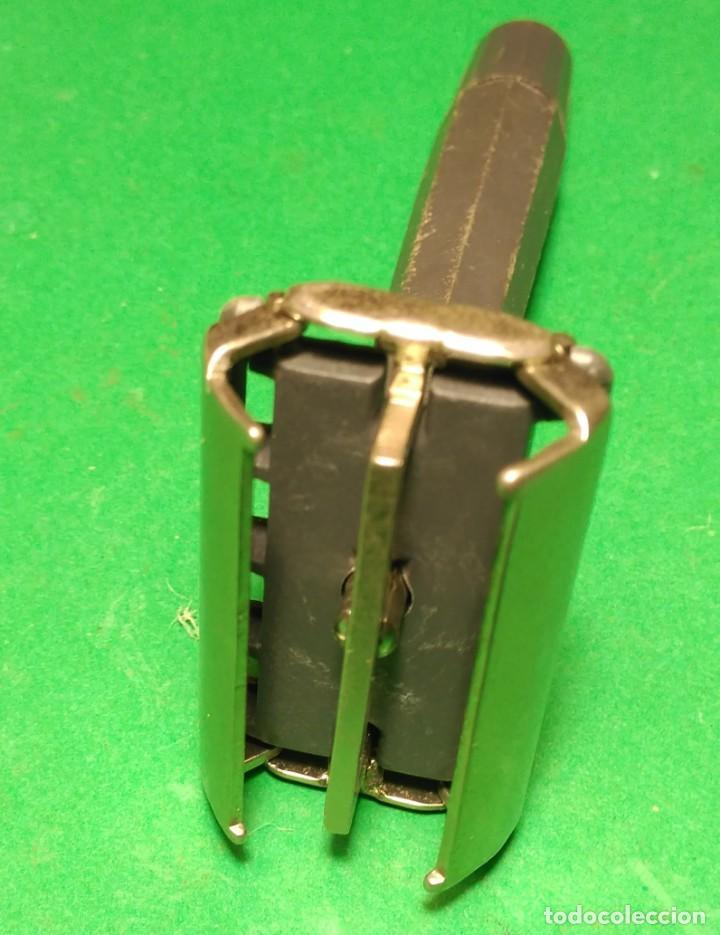 Antigüedades: BETER apertura mariposa y mango plastico Rara maquinilla afeitar, barbero ,safety razor - Foto 5 - 140049558