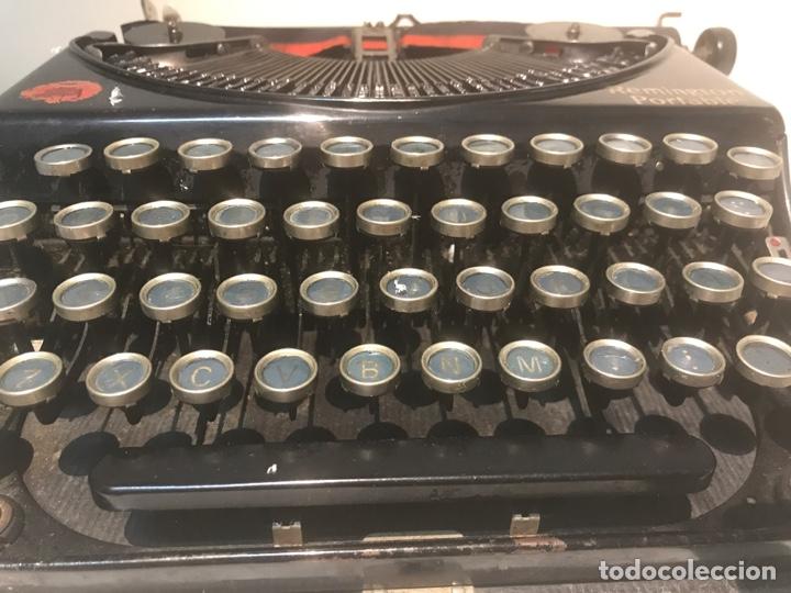 Antigüedades: Antigua máquina de escribir Remington Portable, Made in USA. Con maletín - Foto 8 - 140091333