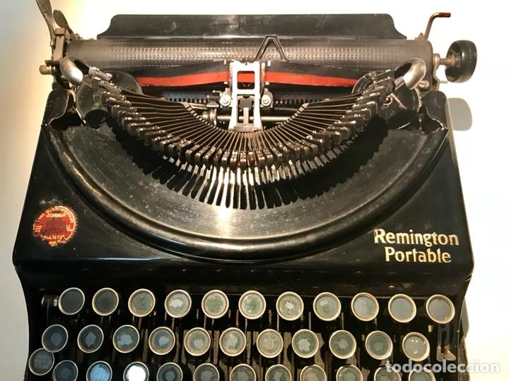 Antigüedades: Antigua máquina de escribir Remington Portable, Made in USA. Con maletín - Foto 13 - 140091333