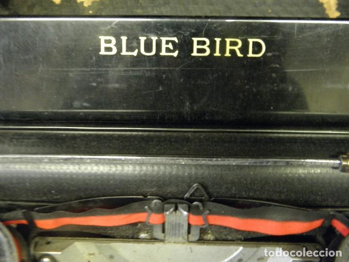 Antigüedades: MAQUINA DE ESCRIBIR PORTATIL BLUE BIRD - Foto 2 - 140200566