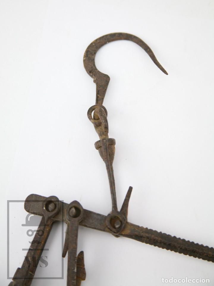 Antigüedades: Antigua Balanza Romana de Hierro Forjado / Forja Artesanal - Largo 40,5 cm - Foto 2 - 140223986