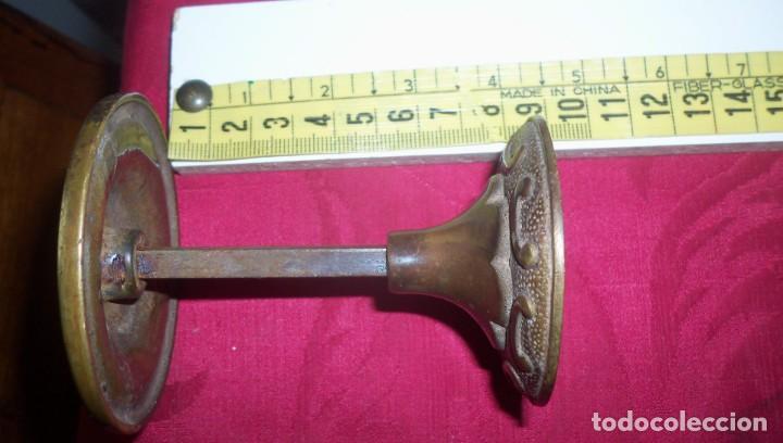 Antigüedades: TIRADOR DE PUERTA ANTIGUO - Foto 5 - 140306858