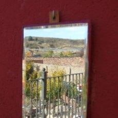 Antigüedades: PEQUEÑO ESPEJO DE BARBERO PARA COLGAR.. Lote 140314830