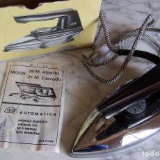 Antigüedades: PLANCHA MARCA JATA MODELO 30 ABIERTO. NO PROBADA.. Lote 140350458