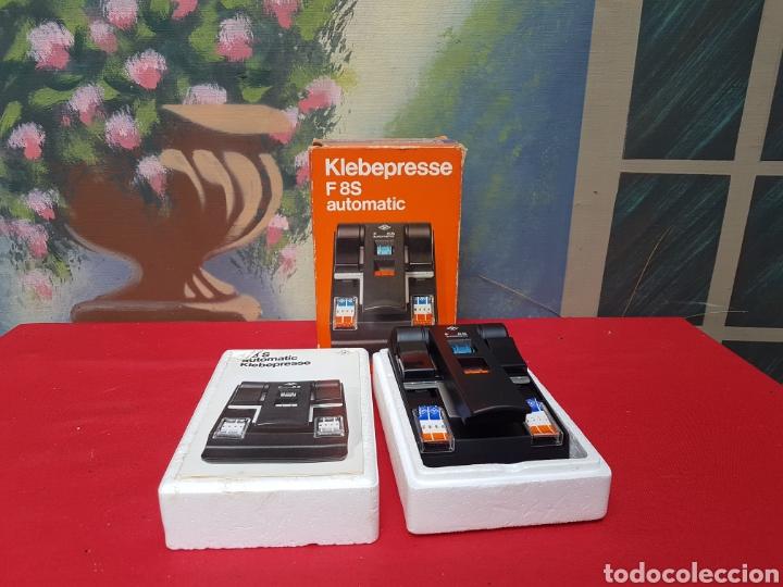 Antigüedades: Empalmadora, prensa de pegar película de super 8. Agfa f8s+caja+cinta adhesiva. Funciona - Foto 7 - 140370074